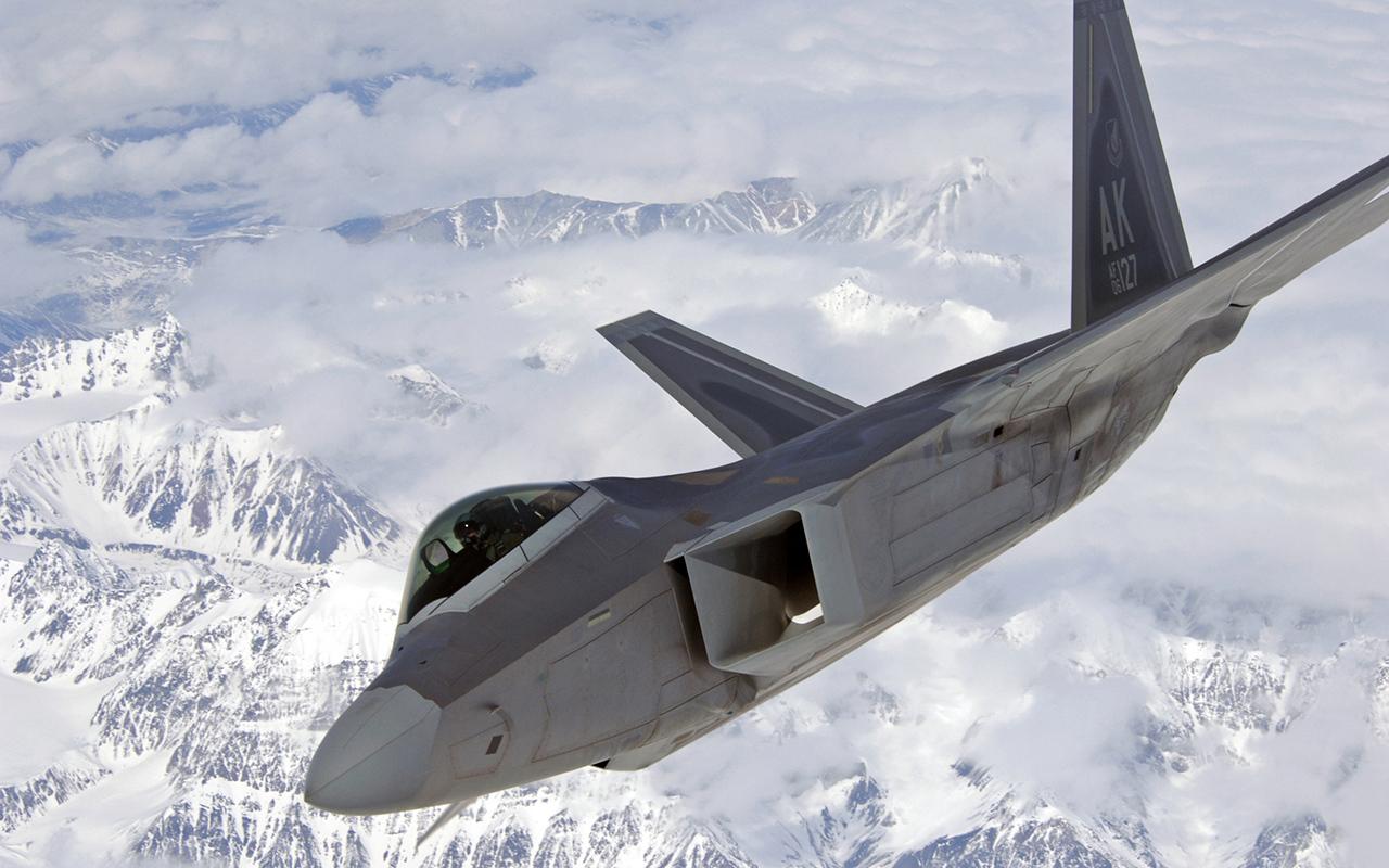 3. Lockheed Martin F-22 Raptor